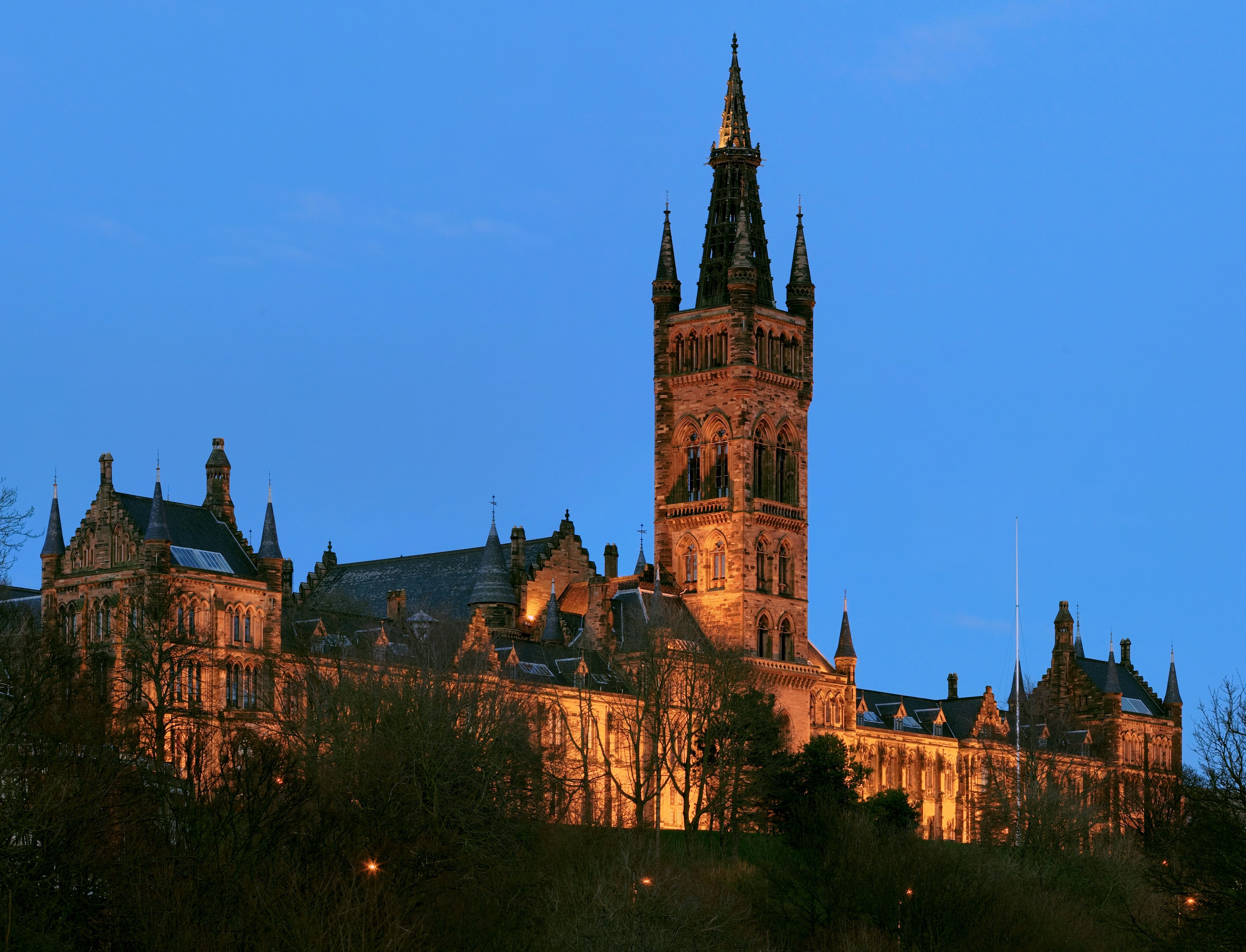 An image of Glasgow university at night, one of the reasons why Glasgow buy-to-let investments are a smart move